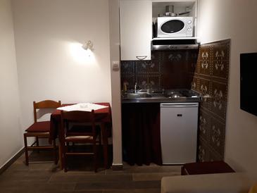 Novigrad, Jadalnia w zakwaterowaniu typu studio-apartment, WIFI.
