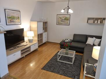 Postira, Obývacia izba v ubytovacej jednotke apartment, WiFi.