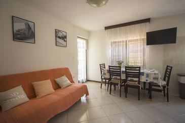 Umag, Obývací pokoj v ubytování typu apartment, WiFi.