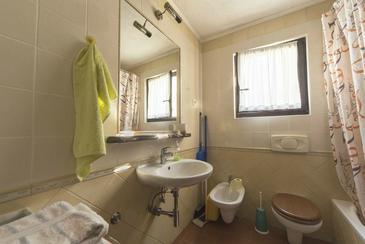 Bathroom    - AS-7061-a