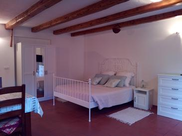 Bedroom    - AS-7061-a