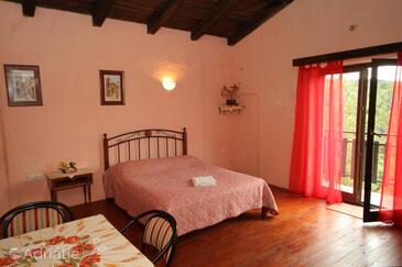 Motovun - Brkač, Living room in the apartment, dostupna klima i dopusteni kucni ljubimci.