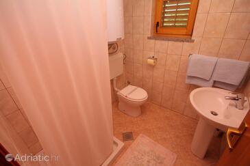 Bathroom 3   - A-7069-a