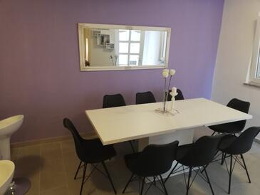 Dining room    - A-7069-a