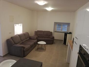 Living room    - A-7069-a