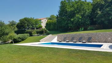 Rim, Središnja Istra, Objekt 7070 - Kuća za odmor sa šljunčanom plažom.
