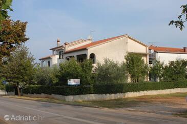 Poreč, Poreč, Property 7075 - Apartments in Croatia.