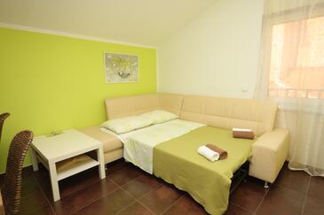 Funtana, Pokój dzienny w zakwaterowaniu typu apartment, dostupna klima.