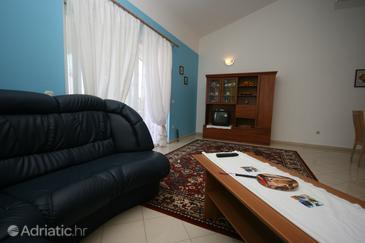 Stranići, Living room 1 in the apartment, dostupna klima i WIFI.