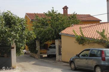 Vabriga, Poreč, Property 7106 - Apartments with pebble beach.