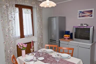 Novigrad, Столовая в размещении типа apartment, Домашние животные допускаются и WiFi.