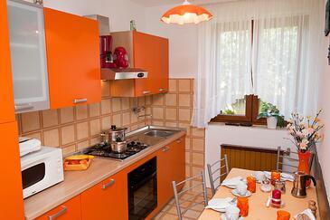 Kuchyně    - A-7108-b