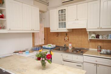 Kuchyně    - A-7110-a