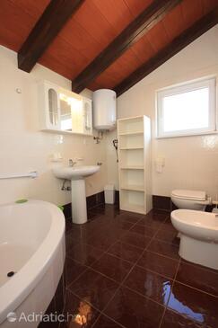 Bathroom    - A-7118-b
