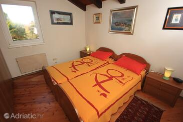 Bedroom    - A-7118-b