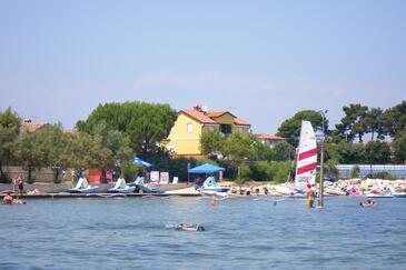 Novigrad, Novigrad, Objekt 7118 - Ubytování v blízkosti moře s oblázkovou pláží.