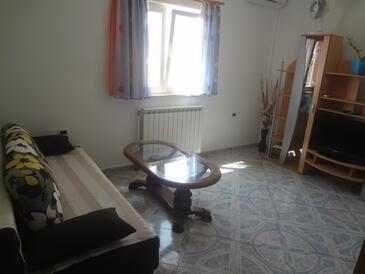 Valica, Obývací pokoj v ubytování typu apartment, s klimatizací, domácí mazlíčci povoleni a WiFi.