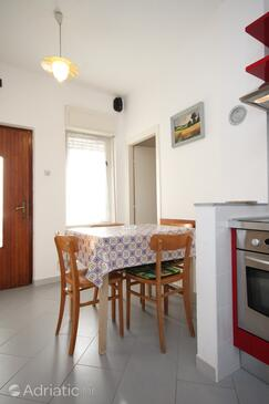 Umag, Dining room in the apartment.