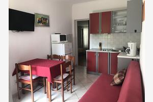Апартаменты с парковкой Умаг - Umag - 7126