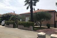 Апартаменты и комнаты с парковкой Umag - 7126