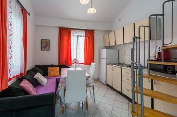 Poreč, Blagovaonica u smještaju tipa apartment, dostupna klima, kućni ljubimci dozvoljeni i WiFi.