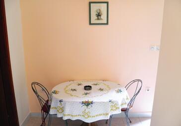 Pula, Dining room in the apartment, dopusteni kucni ljubimci i WIFI.