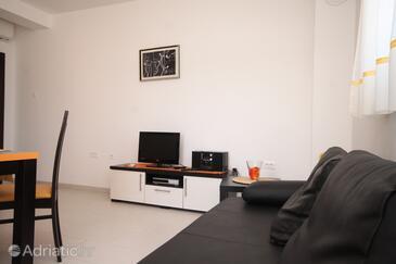 Rovinj, Obývací pokoj v ubytování typu apartment, dostupna klima, dopusteni kucni ljubimci i WIFI.