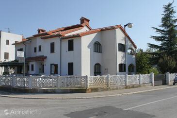 Poreč, Poreč, Property 7158 - Apartments with pebble beach.