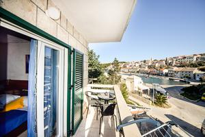 Apartments by the sea Povlja (Brač) - 716