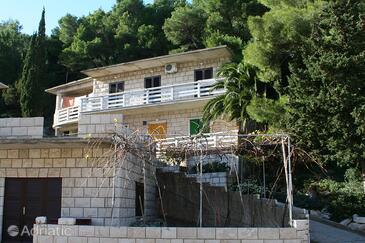 Povlja, Brač, Property 716 - Apartments by the sea.