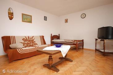 Finida, Living room in the apartment, dostupna klima i WIFI.