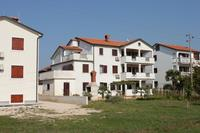 Apartments with a parking space Finida (Umag) - 7160