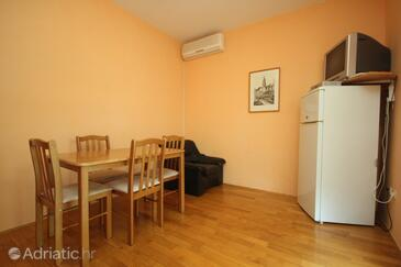Rožac, Dining room in the apartment, WIFI.