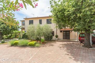 Kukci, Poreč, Property 7166 - Apartments in Croatia.