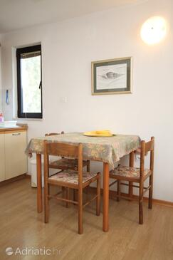 Rovinj, Dining room in the studio-apartment, WIFI.