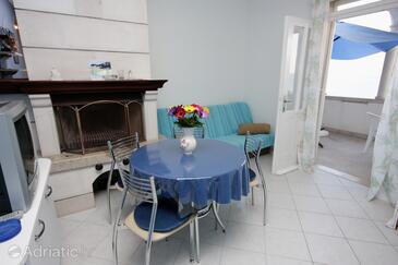 Puntinak, Столовая в размещении типа apartment, WiFi.