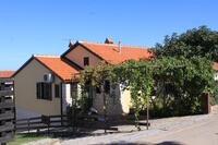 Apartments with a parking space Crveni Vrh (Umag) - 7190