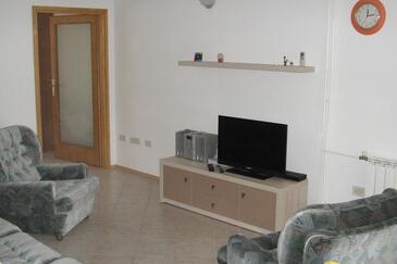 Fažana, Woonkamer in the apartment, air condition available, (pet friendly) en WiFi.