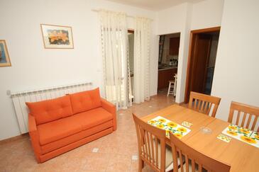 Lindar, Jídelna v ubytování typu apartment, WIFI.