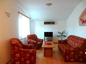Fažana, Camera di soggiorno nell'alloggi del tipo apartment, condizionatore disponibile, animali domestici ammessi e WiFi.