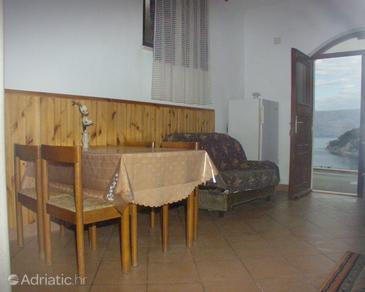 Pučišća, Dining room in the studio-apartment, WIFI.