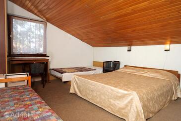 Poreč, Bedroom in the room, dopusteni kucni ljubimci i WIFI.