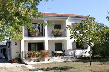 Valbandon, Fažana, Property 7225 - Apartments with pebble beach.