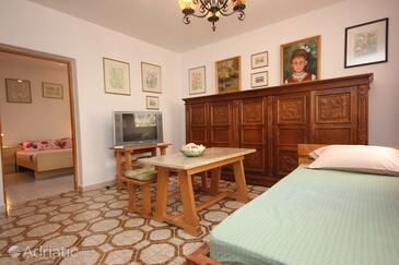 Valbandon, Dnevni boravak u smještaju tipa apartment, dostupna klima i WiFi.