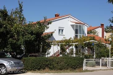Valbandon, Fažana, Property 7228 - Apartments with pebble beach.