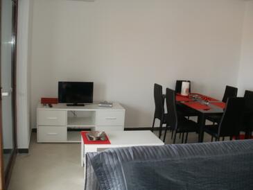 Fažana, Wohnzimmer in folgender Unterkunftsart apartment, Klimaanlage vorhanden und WiFi.