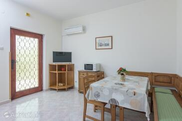 Fažana, Jadalnia w zakwaterowaniu typu apartment, Dostępna klimatyzacja i WiFi.