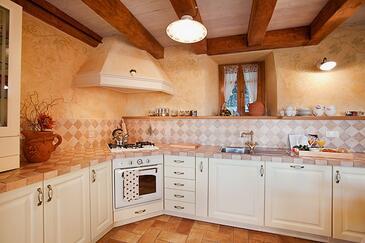 Kuchyně    - K-7247