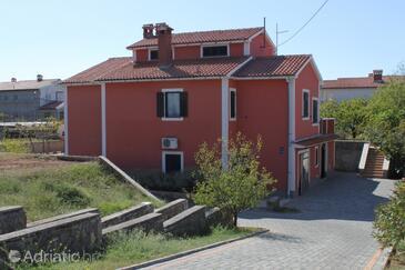 Presika, Labin, Property 7248 - Apartments with pebble beach.