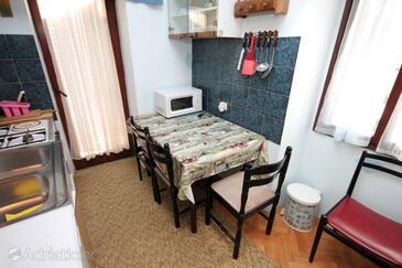 Štinjan, Dining room in the apartment, WIFI.